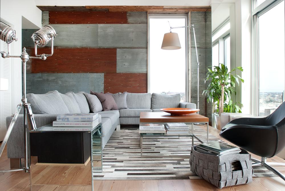 Эффект ржавчины и окисления металлов в интерьере гостиной
