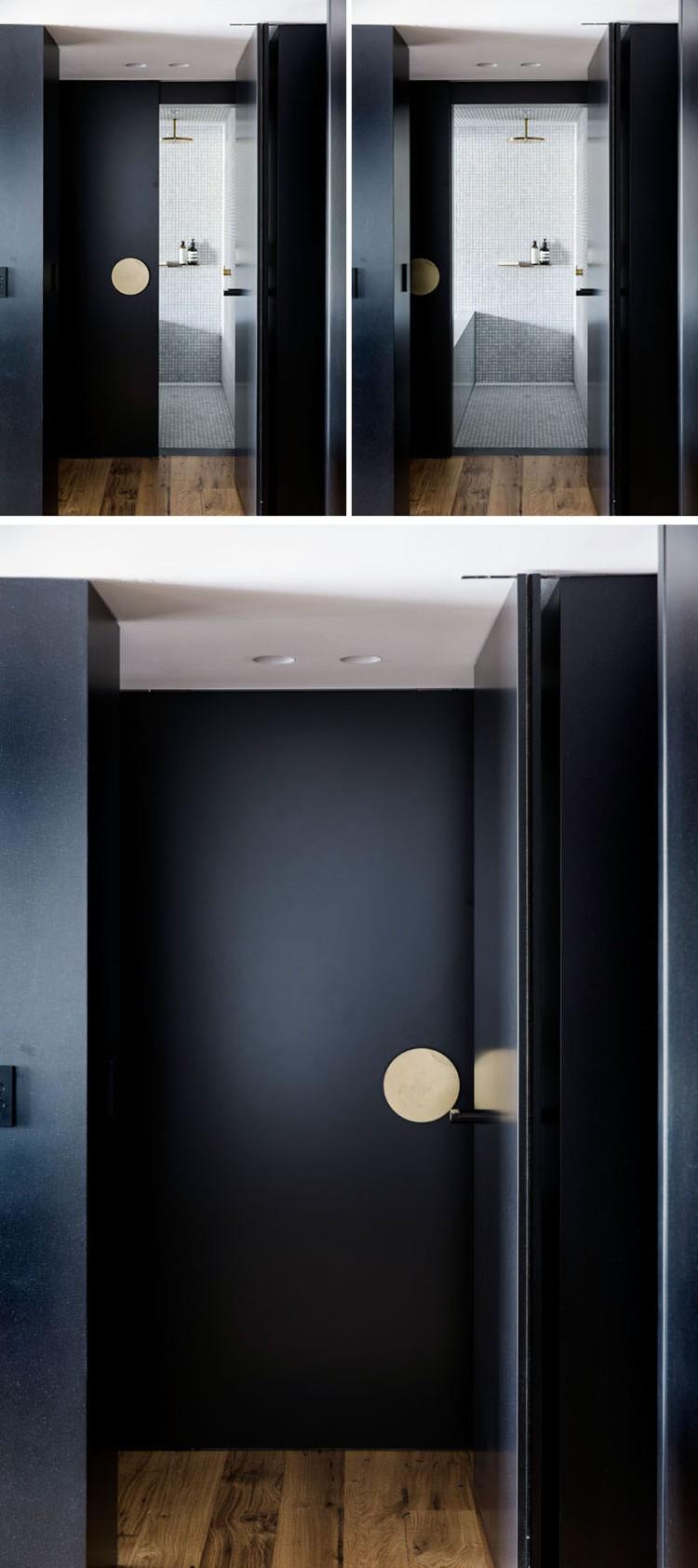 Черно-золотой интерьер современных апартаментов 3