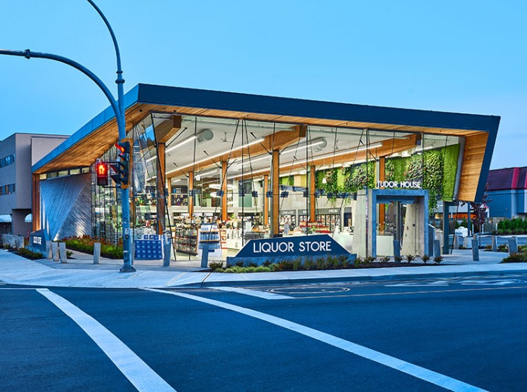 Современная архитектура и дизайн интерьера магазина