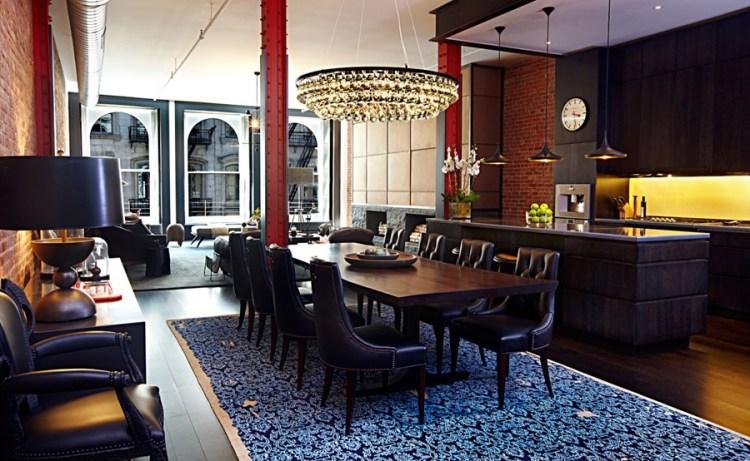 Современный дизайн интерьера столовой апартаментов в стиле лофт