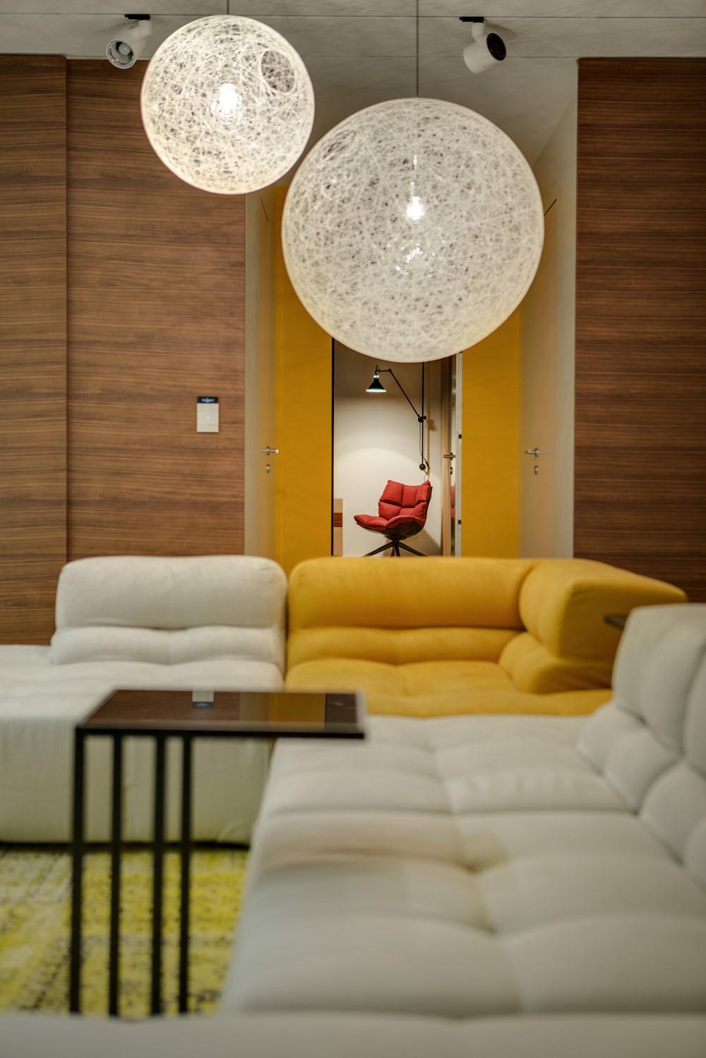 Современный дизайн интерьера гостиной квартиры