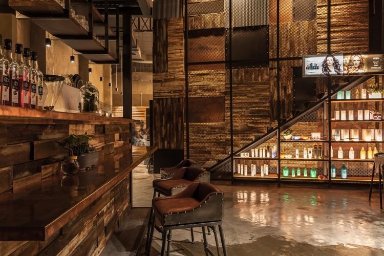 Дизайн интерьера салона красоты в промышленном стиле 2