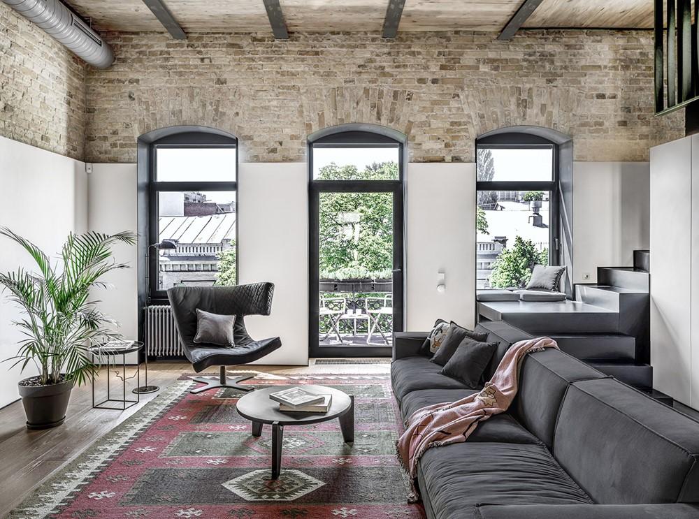 Современный дизайн интерьера гостиной квартиры в промышленном стиле