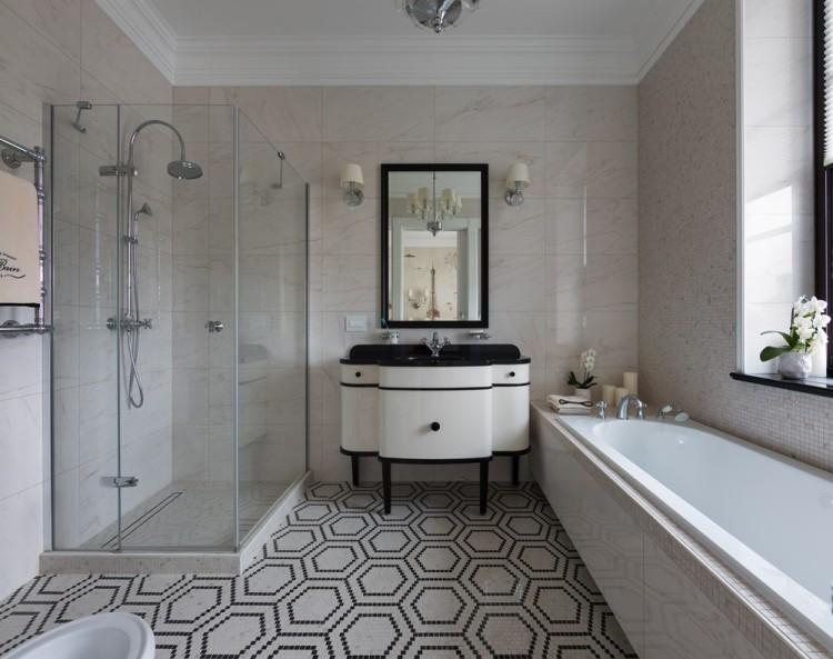 Современный дизайн интерьер ванной комнаты резиденции в классическом стиле
