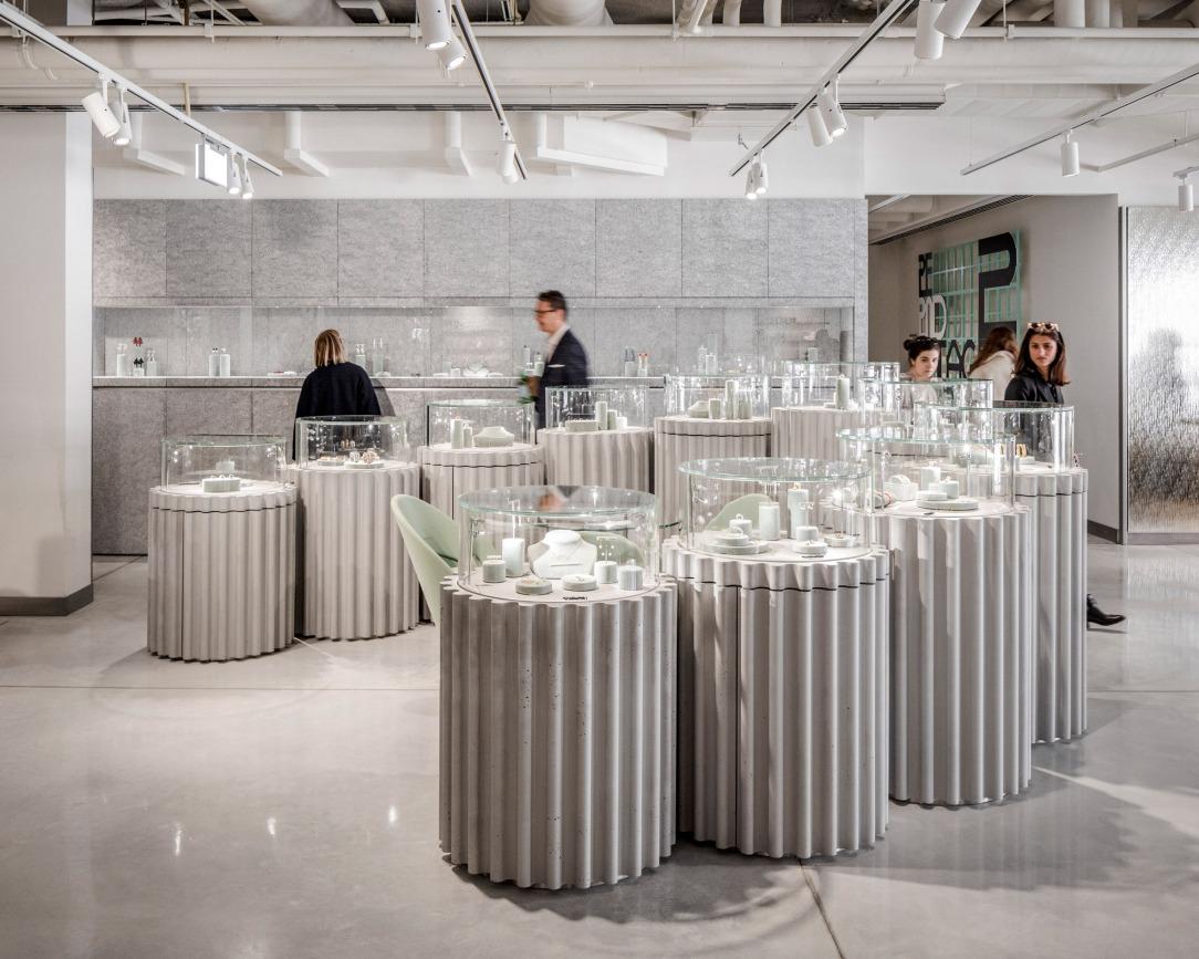 Современный дизайн интерьера Galeries Lafayette в Париже 8