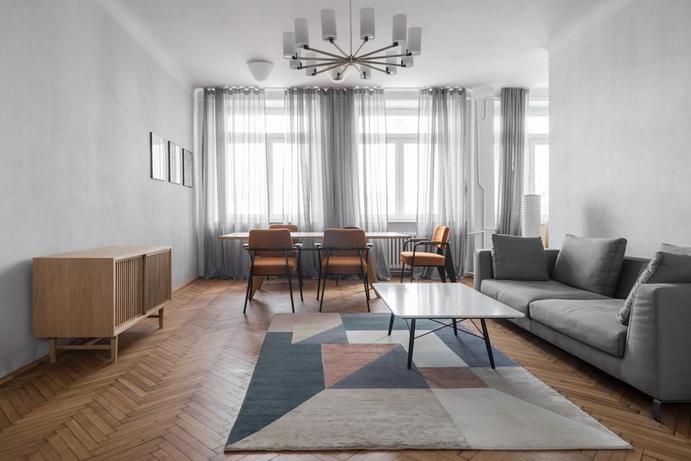 Современный дизайн интерьера квартиры 1936 года в Варшаве от Loft Kolasiński