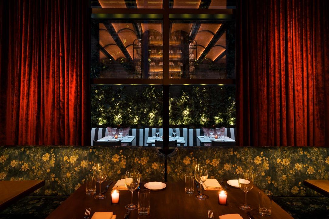 Современный дизайн интерьера отеля 349-room Hotel от Rockwell Group 14
