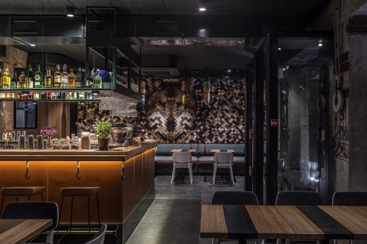 Современный дизайн интерьера кафе-бара 7 Goats 4