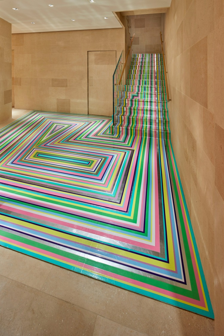 Современный дизайн интерьера бутика Louis Vuitton в западном Лондоне 10