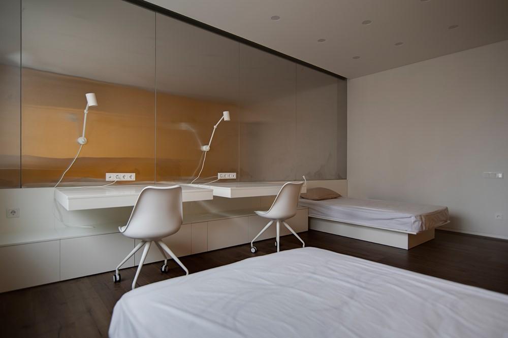 Современный дизайн интерьера детской спальни квартиры в минималистичном стиле 4